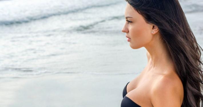 cirugía de elevación de mamas